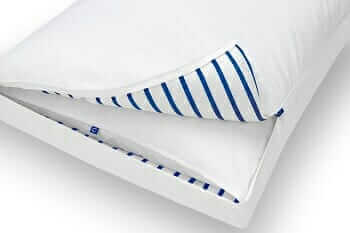 Casper pillow unzipped showing inner pillow